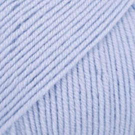Baby Merino 24 - azul céu claro